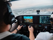 Get Your Pilot License,  Become Airline Pilote Get High Salary